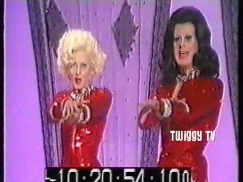 TWIGGY and DANNY LA RUE sing TWO LITTLE GIRLS FROM LITTLE ROCK 1974