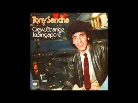 TONY SANCHA 托尼三岔 ~ CREW CHANGE IN SINGAPORE 空中乘務在新加坡