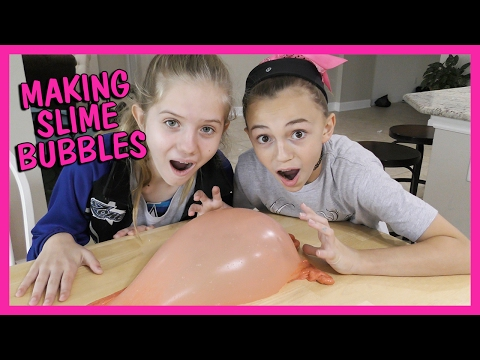KAYLA MAKES SLIME BUBBLES WITH FLUFFY SLIME | We Are The Davises