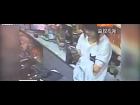 Store Robbery - Zero F*cks Given by Clerk