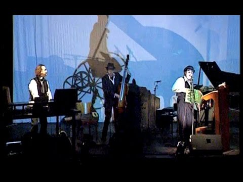 The Tiger Lillies Live with Alexander Hacke - Mountains Of Madness