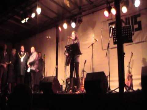 Emma Dockeray - Bill Barker tribute for the floods