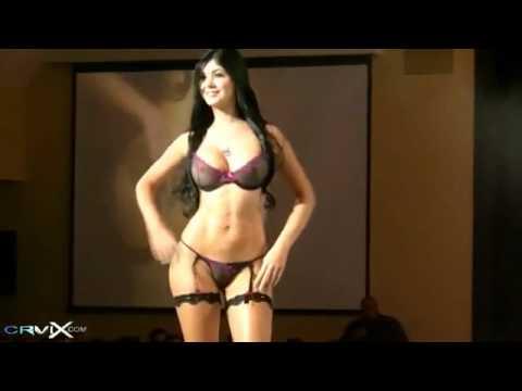 Porn galleries Amazing teen breasts