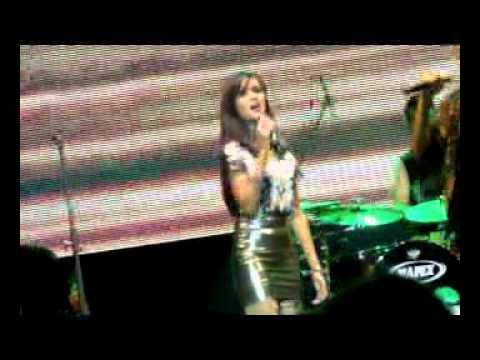 Free Download Kesalahan Yang Terindah - Gamal Audrey Cantika At Soulnation 2012 Mp3 dan Mp4