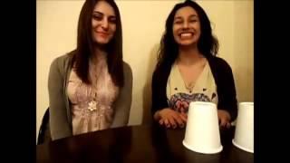 Красивые армянские девушки делают трюки чашками и красиво поют