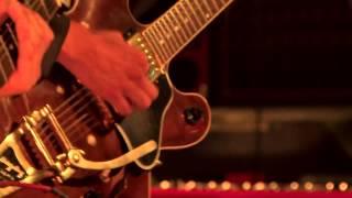 Chicha Dust - Como Un Ave (Live at Les Escales 2013)