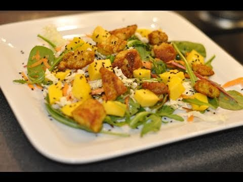 Salade de printemps poulet curry mangue