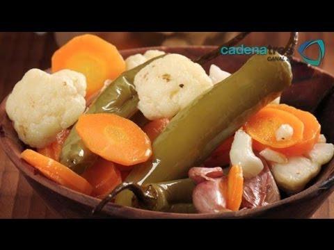 Receta para preparar chiles en vinagre  Receta de chiles / Chiles en vinagre