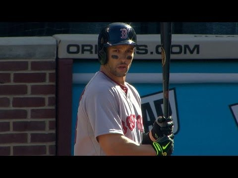 Sizemore makes his Red Sox debut