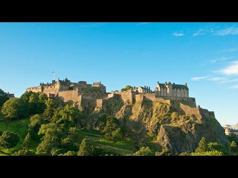 Explore Scotland's Edinburgh Castle