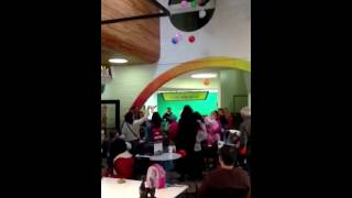 Kidseum celebrates New Year with Balloon Drop