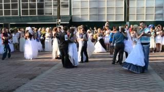 Фестиваль невест 2014 Усть-Илимск Танец с мужьями