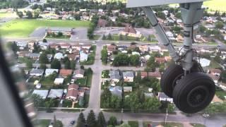 WestJet Encore 3123 Landing in Thunder Bay (YQT)