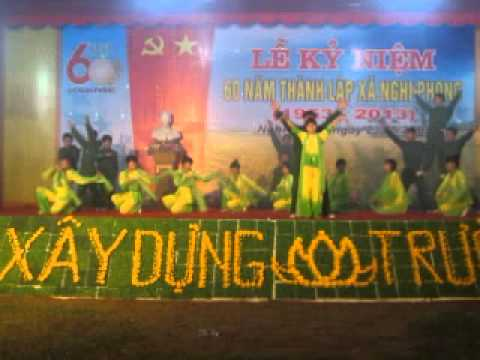 linh thiêng việt nam (múa văn nghệ xóm phong phú -hội trại hè 2013 )