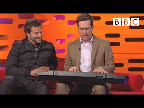 "Ed Helm's Sings ""Stu's Song"" From ""The Hangover"" 