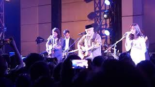 Download Mp3 Iwan Fals X Jason Ranti X Danilla - Rindu Tebal  Live