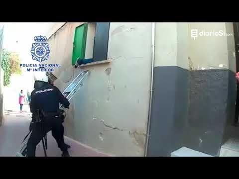 Espectacular operación para desmantelar un punto de venta de droga en Lorca