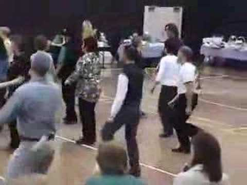 """The Leavin' Side""  clogging routine at Matilda 2004"