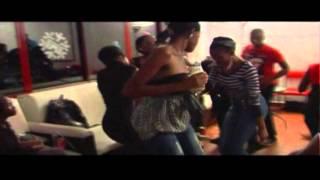 Dj Bullet Feat. Dvine Lopez