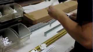 Инструкция по производству горизонтальных жалюзи VENUS.1(Видео-инструкция по производству горизонтальных жалюзи VENUS. 1-Изготовление карнизов. Компания Амиго-Яросла..., 2012-10-10T19:55:09.000Z)