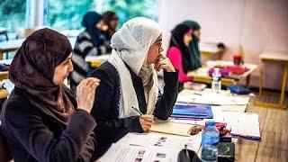 Москва. Мединститут запретил носить студенткам хиджаб.