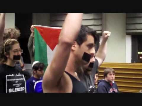 Israeli Soldier vs Students From The University of Massachusetts