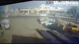 Khambhalia: Newspaper distributor died in road accident, watch this cctv