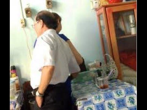 Tin nhanh 24/7 - Phó giám đốc Sở choàng tay vào vùng