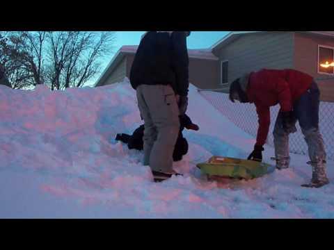 Ninos Jugando En La Nieve Youtube