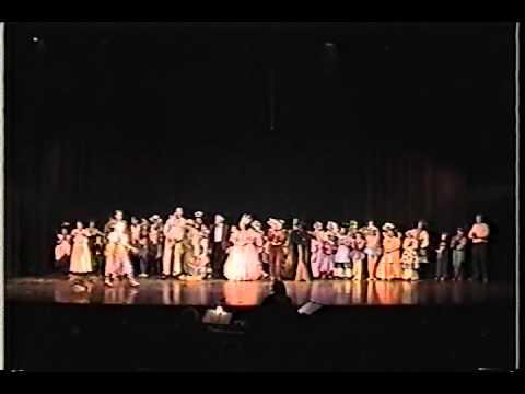 WIZARD OF OZ Melanie as Dorothy PART 18 CURTAIN CALL Gregory Terlecki as Scarecrow