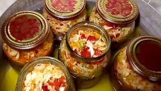 Очень вкусный салат из капусты, с помидорами, луком, морковью и болгарским перцем