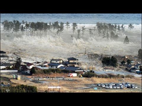 Động đất và sóng thần tàn phá Nhật Bản