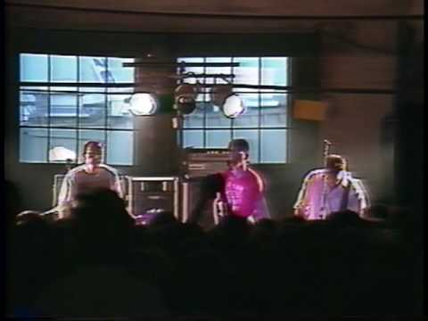 Big Black - 1987/08/09 - 01 - Fists Of Love (Georgetown Steamplant) mp3