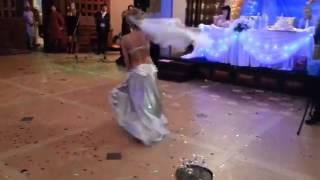 Арабский танец живота невесты жиниху