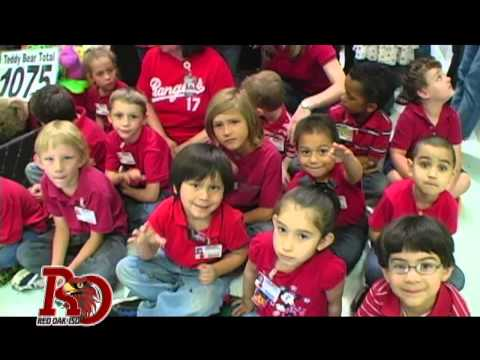 (HD) Wooden Elementary School Delivers Teddy Bears & $10,000 to West ISD