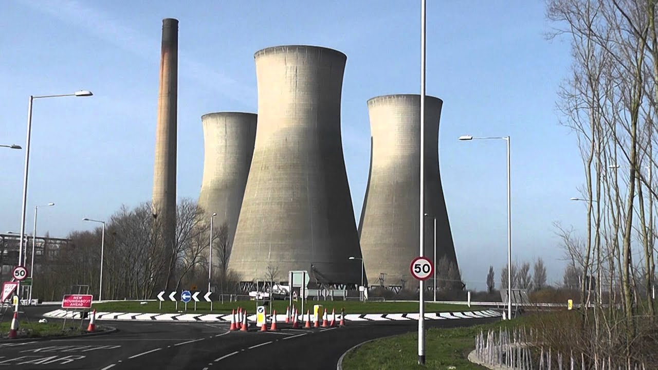Cooling Tower Demolition : Richborough power station cooling towers demolition