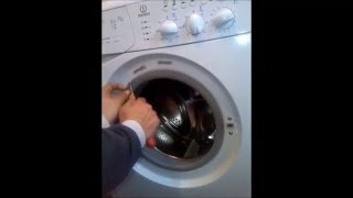 indesit door locking mechanism remove and check