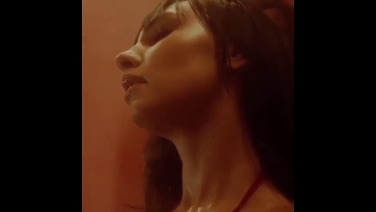Клип где крутят попами, порно фильм с переводом на русский профессионалы