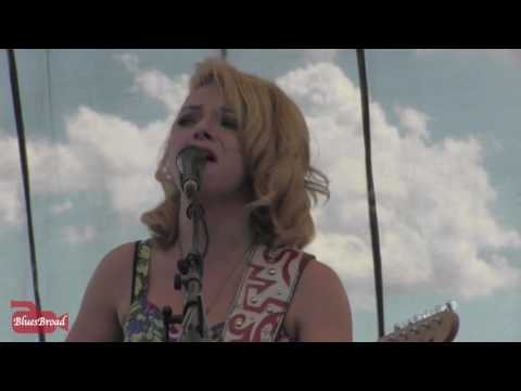 SAMANTHA FISH ❣ Black Wind Howlin'  8/7/16 Riverfront Blues Festival