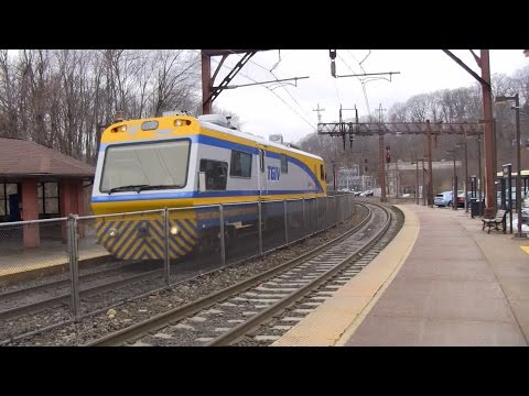 Denville Railfanning 1/16/14 Part 1 - Featuring NJ Transit's TGIV and SD40-2 3372 on H-02