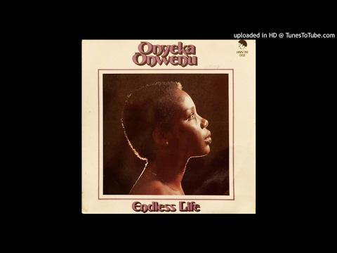 ONYEKA ONWENU - LIVING MUSIC  (1982)