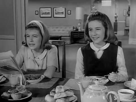 Patty Duke Show, The (Intro) S1 (1963)