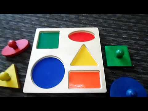 A review on the geometric puzzle board from Baby Mozart
