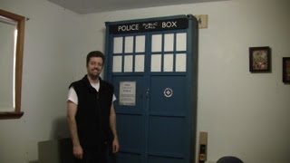 Doctor Who Murphy Bed