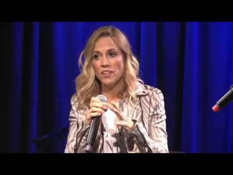 Sheryl Crow interviewed in Los Angeles (45 min. - 7 June 2017)