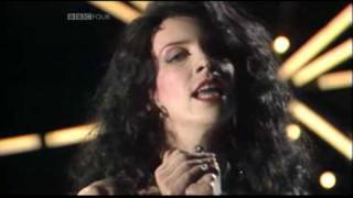 Love Is A Stranger - Eurythmics 1983 live Synth Britannia