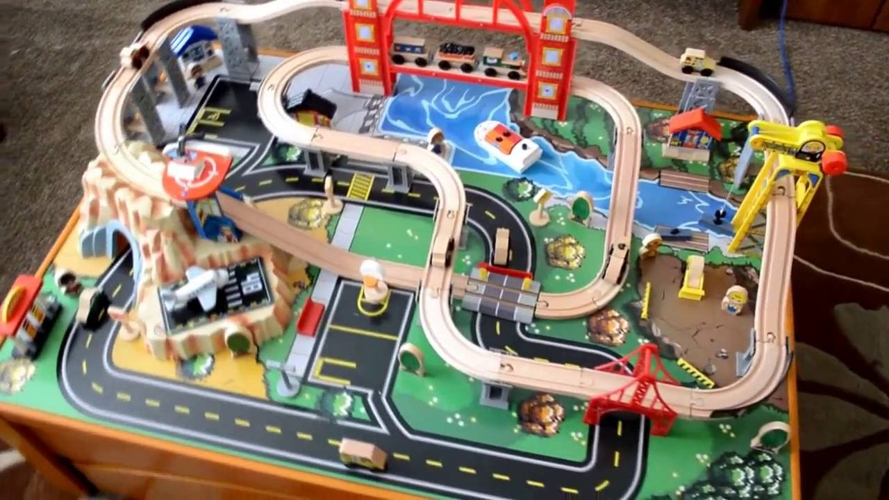 KidKraft Metropolis Train Table & Set - unboxing and play - YouTube