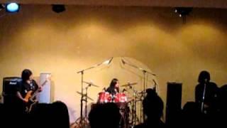 福岡県で活動している、女子高生3ピースバンドMISTYOAK(ミスティ―オー...