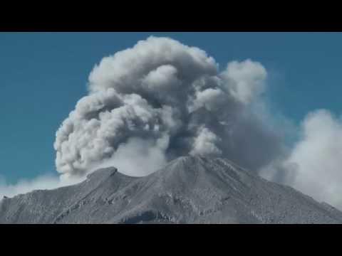 Peru - Eingekesselt von Andenvulkanen Doku HD
