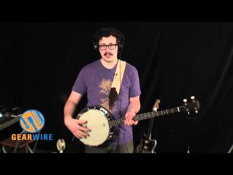 Washburn B8 Beginner's Banjo Pak Demo'd By A True Banjo Beginner (Video)